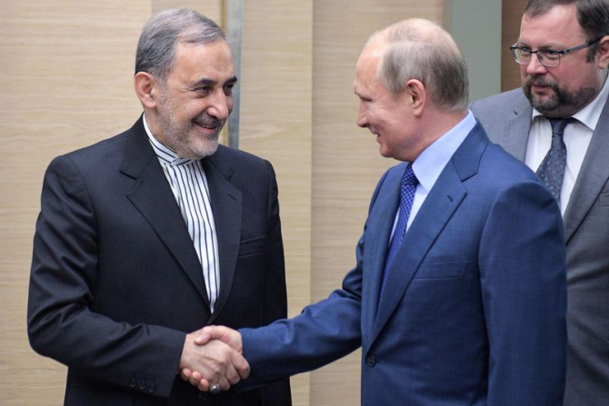 Ali Akbar Velayati si Vladimir Putin