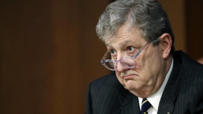 senatorul american John Kennedy,