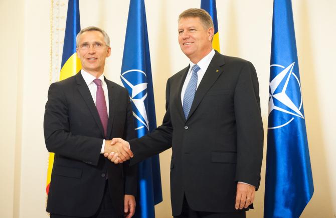 Președintele  României, Klaus Iohannis si secretarul general al NATO, Jens Stoltenberg