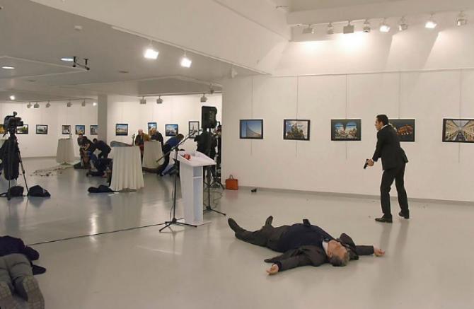 Asasinarea ambasadorului rus Andrei Karlov, 19 decembrie 2016, de un poliţist turc