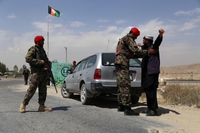 Sursa Foto: AFP. Soldații afgani din Ghazni în 2017