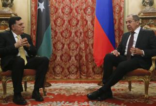 prim-ministrul Libiei, Fayez al-Sarraj şi ministrul de externe rus Serghei Lavrov