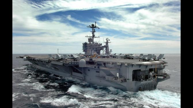 Portavionul USS John C. Stennis