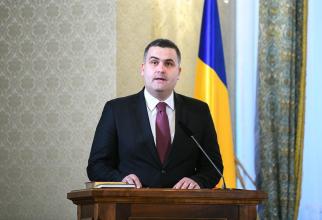 Ministrul Apărării Naţionale, Gabriel Leş