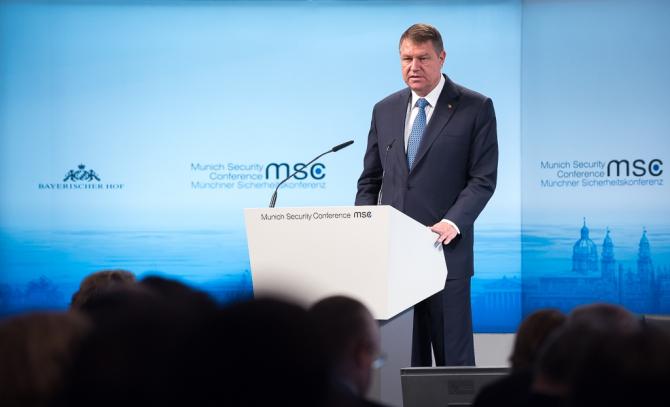 Președintele Klaus Iohannis a susținut un discurs în cadrul Conferinței de Securitate de la München. Sursa foto: caleaeuropeana.ro