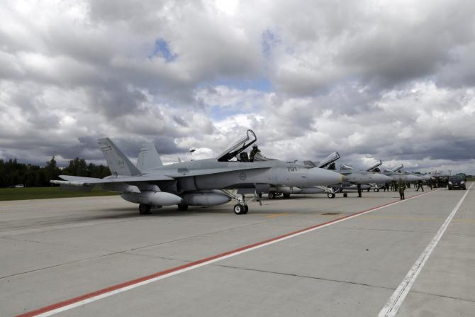 baza militară Šiauliai, situată în nordul Lituaniei