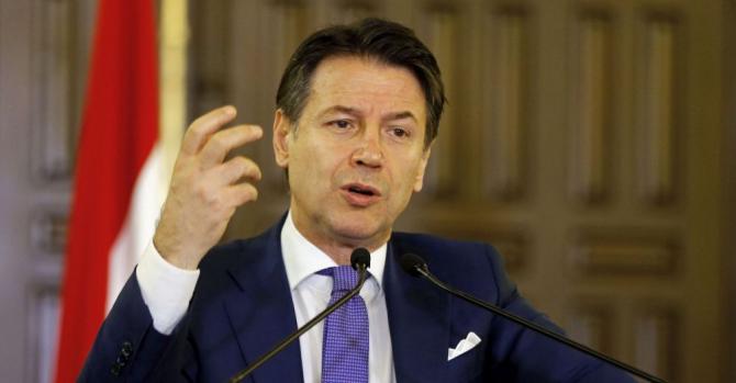 şeful guvernului italian, Giuseppe Conte