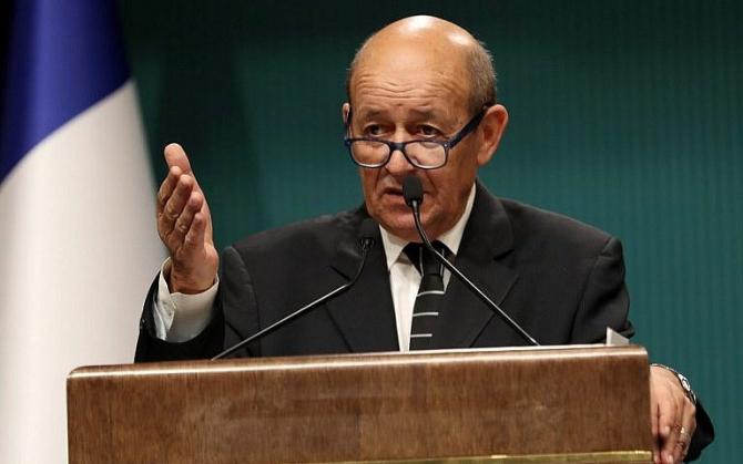 Şeful diplomaţiei franceze Jean-Yves Le Drian