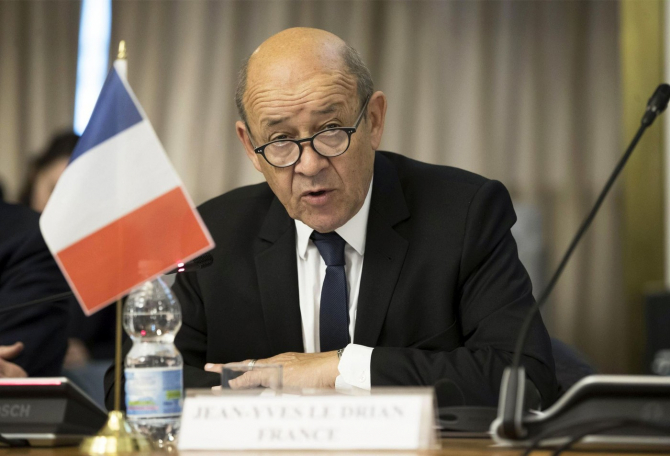 ministrul de externe francez Jean-Yves Le Drian