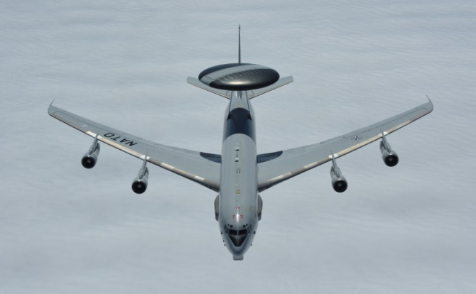 Un avion NATO E-3A AWACS, sursă foto: NATO