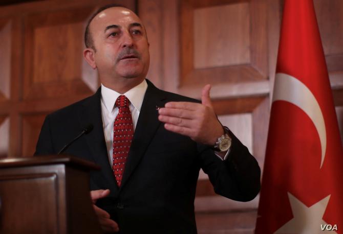 ministrul de externe turc Mevlut Cavusoglu