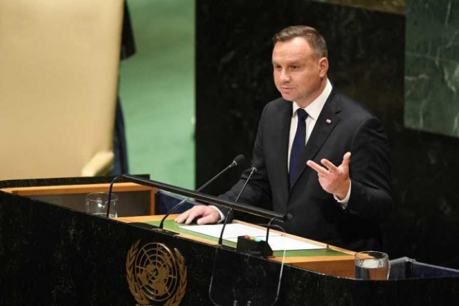 Preşedintele polonez Andrzej Duda a avertizat marţi în faţa Adunării Generale a Naţiunilor Unite împotriva repetării greşelilor care au condus la Al Doilea Război Mondial