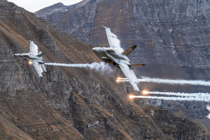 Avioane elvețiene F/A-18, sursă foto: Forțele Aeriene Elvețiene