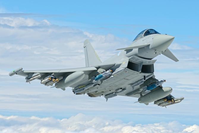 2. -imagine fara descriere- (raf_eurofighter_typhoon_28644500.png)