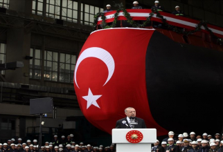 Președintele turc Erdogan, în timpul discursului din cadrul ceremoniei de prezentare - decembrie 2020-  a submarinului turc TCG Piri Reis. Sursă foto: Ministerul Apărării din Turcia