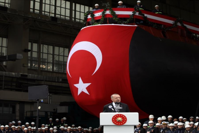 Președintele turc Erdogan, în timpul discursului din cadrul ceremoniei de a submarinului turc TCG Piri Reis. Sursă foto: Ministerul Apărării din Turcia