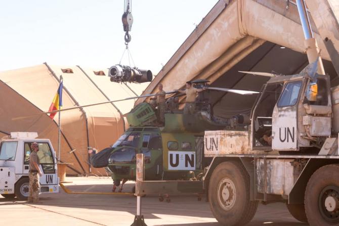 Misiune de mentenanță în Mali, desfășurată de Armata română și militarii germani. Foto: Philipp Hoffmann, sursă: Centrul de Televiziune și Film al MApN