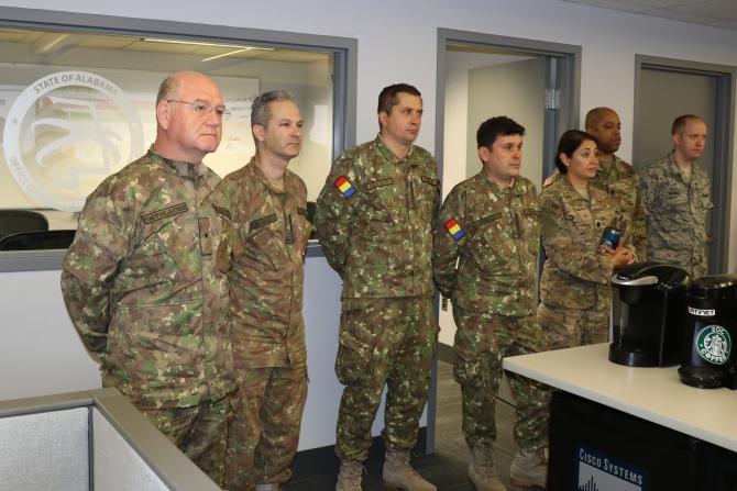 Generalul de brigadă Costică Postolache - (primul din stânga).