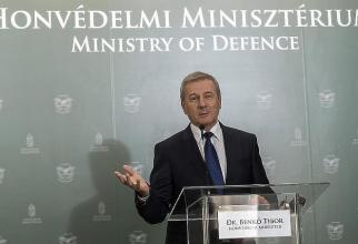 Ministrul ungar al apărării Tibor Benko
