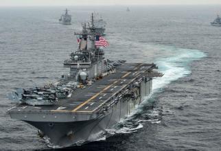 nava de asalt amfibiu USS Boxer