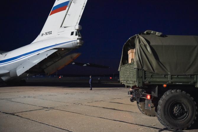Imagini din timpul deplasării ajutorului umanitar rus spre Italia, sursă foto: Zvezda TV, portalul Ministerului Apărării rus
