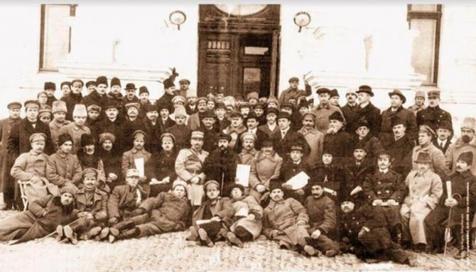 """""""Sfatul Țării"""", care a decis la 27 martie 1918 Unirea Basarabiei cu Regatul României"""