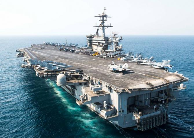 portavionul american USS Theodore Roosevelt