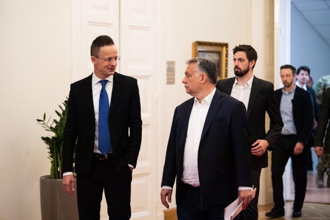 Peter Szijjarto, ministrul de Externe al Ungariei, și premierul maghiar Viktor Orban. Sursă Foto: Peter Szijjarto Facebook