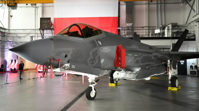 2. F-35 Polon... (f_35_polonia_17265400.jpg)