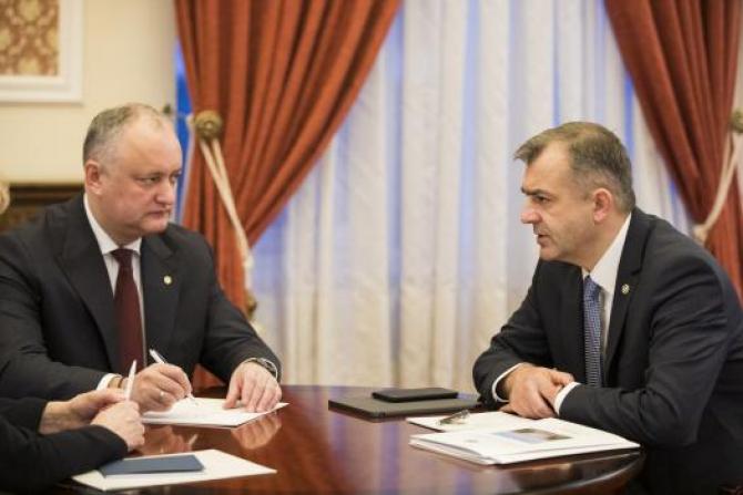 Igor Dodon, Președintele R. Moldova și Ion Chicu, premierul moldovean. Sursă foto: Guvernul Republicii Moldova