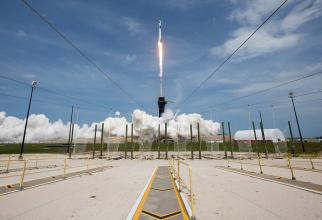 Lansarea Falcon 9, aparţinând companiei SpaceX, în colaborare cu NASA. Sursă foto: NASA