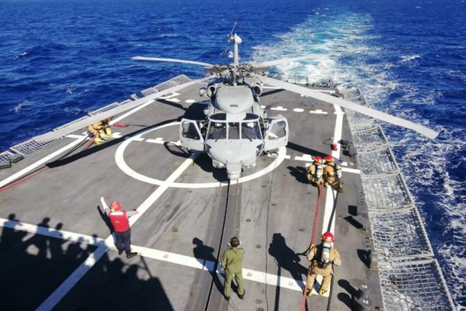 3. Sursă fot (turcia_elicopter_exercitiu_marina_09186800.jpg)