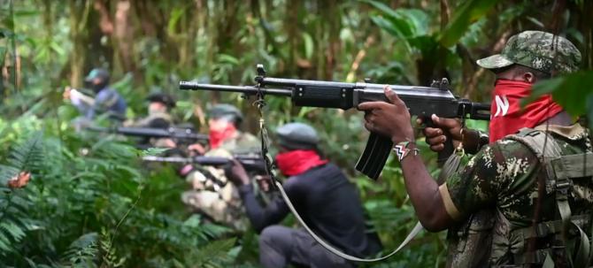 Luptătorii gherilei ELN din Columbia. Sursă foto: AFP TV, captură YouTube