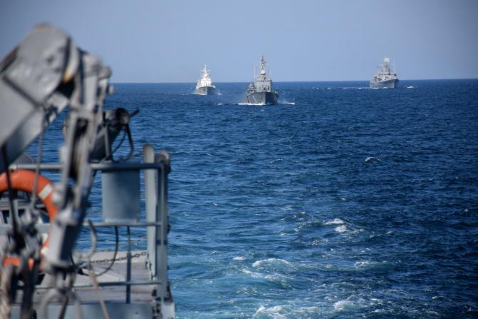 3. -imagine fara descriere- (fortele_navale_sea_breze_35797600.jpg)