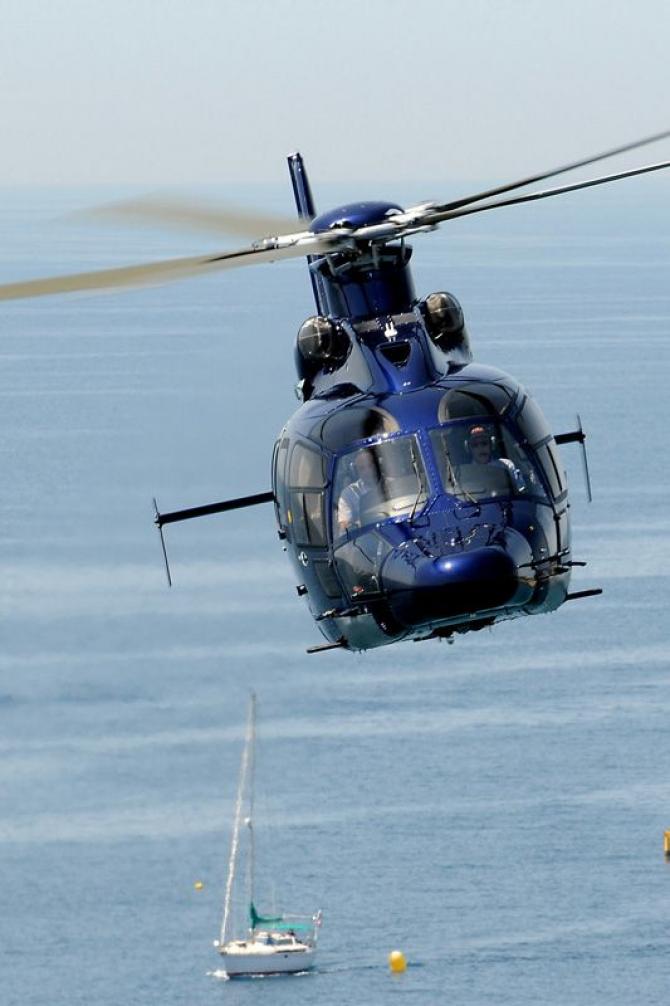 2. Elicopter ... (h155_73611700.jpg)