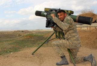 lansatoar israelien de rachete Spike ER, folosit de un militar azer