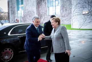 Viktor Orban, premierul Ungariei, împreună că Angela Merkel, cancelarul Germaniei. Sursă foto: Orbán Viktor Facebook