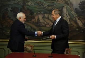 Ministrul de Externe al Iranului, Mohammad Zarif si omologul sau rus, Seghei Lavrov Sursa foto: Twitter