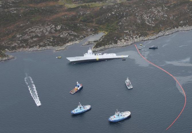 Fregata KNM Helge Ingstad, scufundată după coliziunea cu un petrolier. Sursă foto: Twtitter Coastal Administration