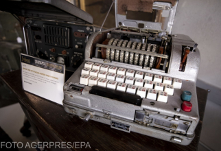 Masina de codificat mesaje folosita de spionii KGB