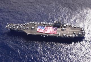 portavionului american USS Nimitz