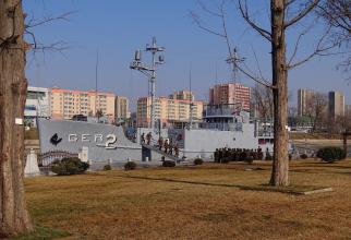 Nava USS Pueblo, după capturare a arborat drapelul Coreei de Nord  Sursa foto: Twitter