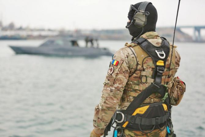 Foto: Roxana Davidovits, imagini publicate pe pagina oficială de Facebook a Forțelor pentru Operații Speciale Române