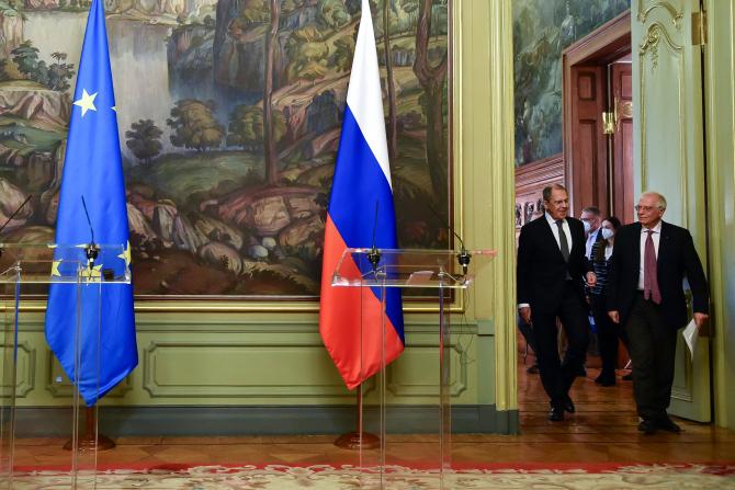 Ministrul de Externe al Rusiei, Serghei Lavrov și seful diplomatiei europene, Josep Borrell  Sursa foto: Twitter