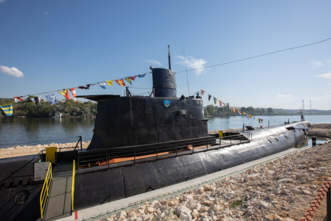 Submarinul Slava, ultimul submarin al Marinei bulgare, devenit azi muzeu. Sursă foto: Visit.Varna.bg