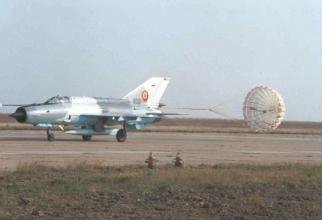 Parașută de frânare, MiG-21 LanceR, sursă foto: Condor