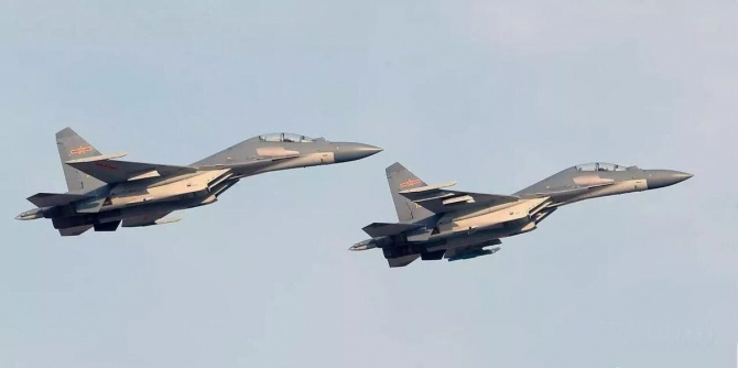 2. -imagine fara descriere- (avion-j-16-china_22410700.jpeg)