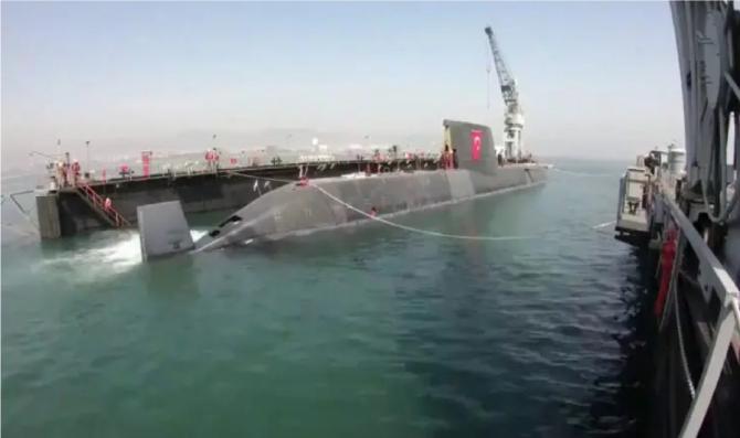 Submarin Piri Reis