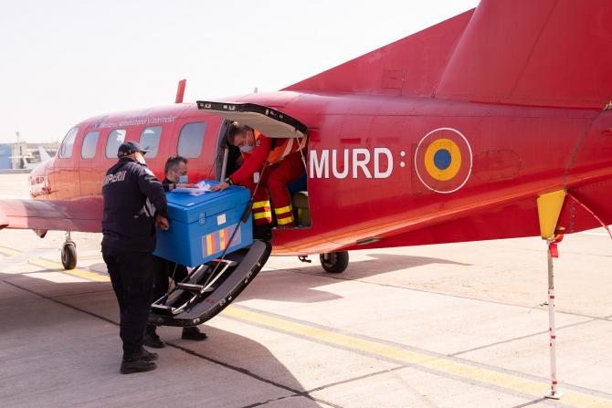 Imagini de la transportul vaccinului donat Republicii Moldova de către România, sursă foto: Guvernul României