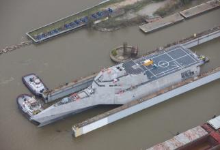 USS Canberra Sursa foto: Austal